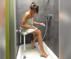 tabouret de douche en coin sumatra